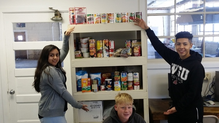 Large_2016_food_drive